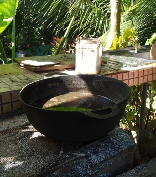 Cane syrup boiling down to thicken