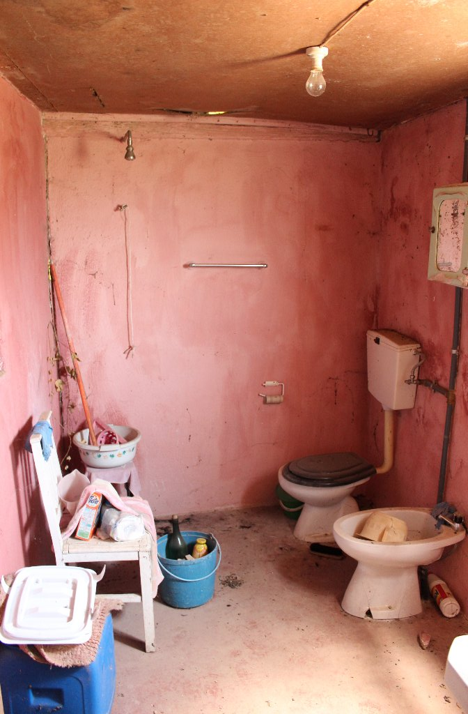 The floating pink bathroom