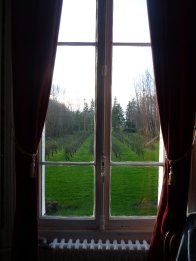 Fruit trees - the business of the chateaux
